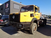 trattore Renault CBH