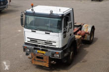 trekker Iveco MP400E 38WT Steel suspension