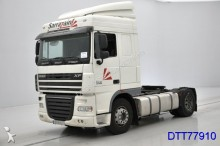 DAF XF 105.410 Spacecab tractor unit