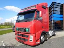 cabeza tractora convoy excepcional Volvo