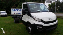 trattore Iveco Daily 70C15