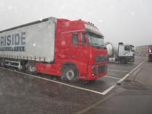 trattore Volvo FH16 600