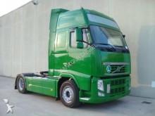 trattore Volvo 460