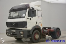 tracteur Mercedes 1748 LS