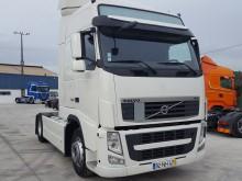 tractor Volvo FH13 420