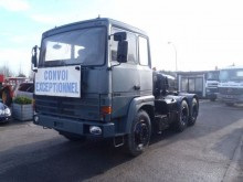 trattore Renault R 390