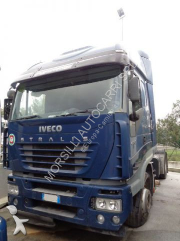 Iveco AS440S48 tractor unit