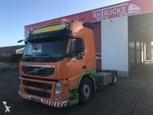 trattore Volvo FM 450 4X2