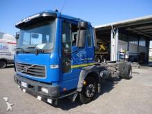 trattore Volvo FL6 FL DISTRIBUZIONE 180CV 100 PTT