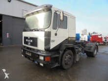 MAN 19.372 (MANUAL PUMP / 6 CYLINDER) tractor unit