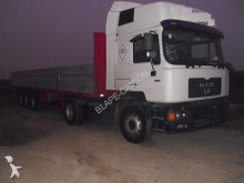 MAN 19 414 tractor unit