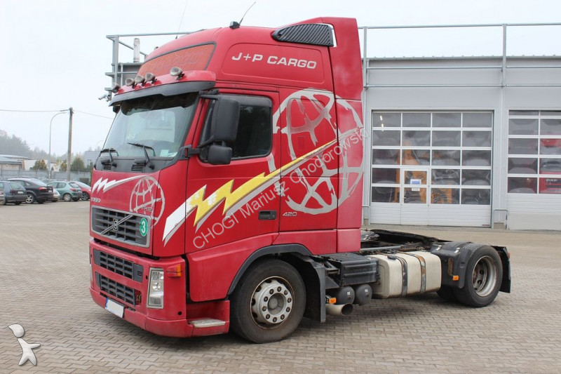Ciągnik siodłowy Volvo FH12 420 Glob XL Low Deck