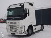 Volvo Sattelzugmaschine FH12 460 4x2 EURO6 SZM UNFALL tractor unit