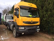 Renault exceptional transport tractor unit