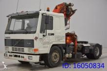 Volvo FL12.420 + CRANE tractor unit