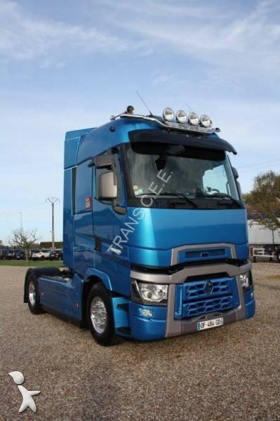 Tracteur renault gamme t 100 annonces de tracteur renault for Renault gamme t interieur