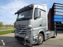 Mercedes Actros 1842 Streamspace / Euro 5 / New Type tractor unit