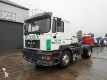 tracteur MAN 19.403 (F 2000 / HYDRAULIC PUMP)