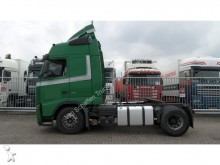 Volvo FH400 GLOBETROTTER MANUAL GEARBOX tractor unit