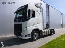 Volvo FH420 tractor unit