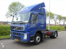 trattore Volvo FM 11.330