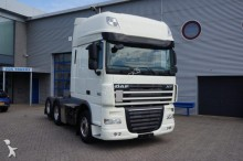 DAF XF105-460 Super Spacecab Euro 5 2012 tractor unit