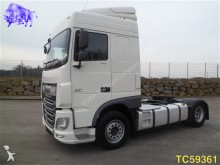tracteur DAF XF 105 460 Euro 6 INTARDER