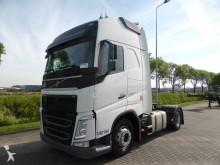 Volvo FH 460 XL EURO 6 2X TANK tractor unit