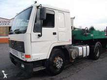 tracteur Volvo FL10