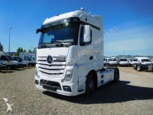 Mercedes ACTRS 18 45 tractor unit