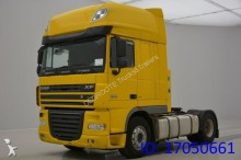 DAF XF 105.410 Super Spacecab tractor unit