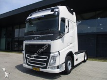 trattore Volvo FH 500 Globetrotter XL 4X2