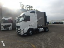 Volvo FH 12.420 + low deck tractor unit