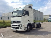 Volvo FH13 440 tractor unit