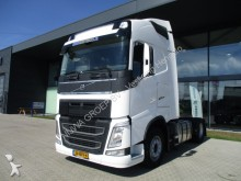 Volvo FH 420 Globetrotter 4X2 tractor unit