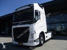 Volvo FH 500 Globetrotter XL 4X2 tractor unit