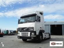 trattore Volvo FH12 420