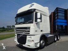 cabeza tractora DAF XF105.510 SSC / 6x2 / Manual / Euro 5 / 10 Tires