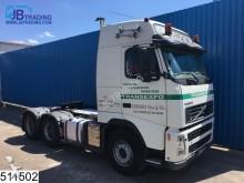 Volvo FH13 520 6x4, airco, steel suspension, naafreduc tractor unit
