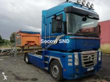 cabeza tractora Renault AE 500 dxi