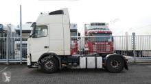 cap tractor Volvo FH12