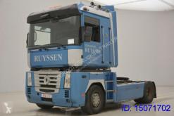 tracteur Renault Magnum 460