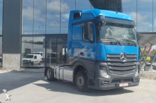 Mercedes Actros 1842 tractor unit