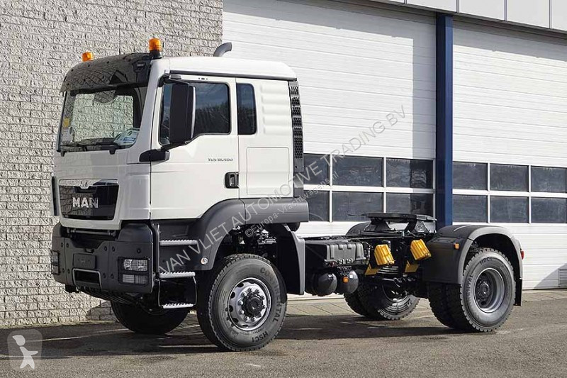 new man tgs standard tractor unit 4x4 diesel euro 3 n 2122832. Black Bedroom Furniture Sets. Home Design Ideas