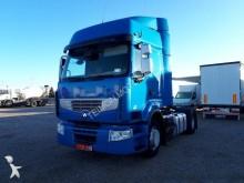Renault Premium 460 EEV tractor unit