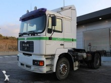 tractor MAN FE 410 A