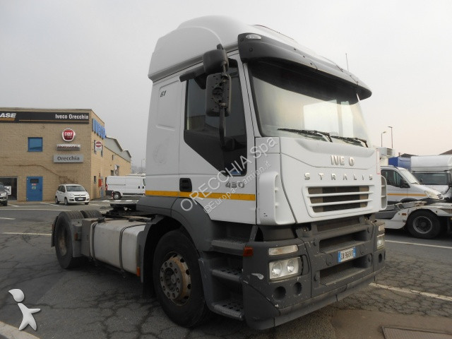 Iveco AT440S43T/P tractor unit