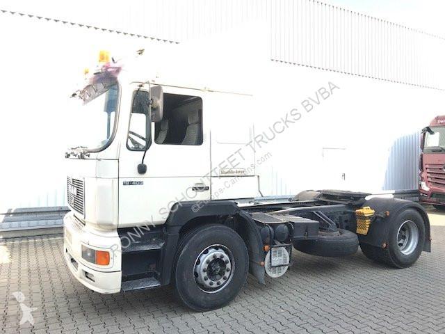 Tracteur MAN 19.402  19.402 6-Zylinder, Schaltgetriebe