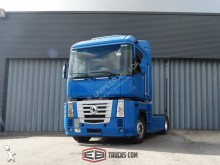 tractor Renault AE 440