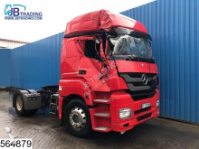 damaged hazardous materials / ADR tractor unit